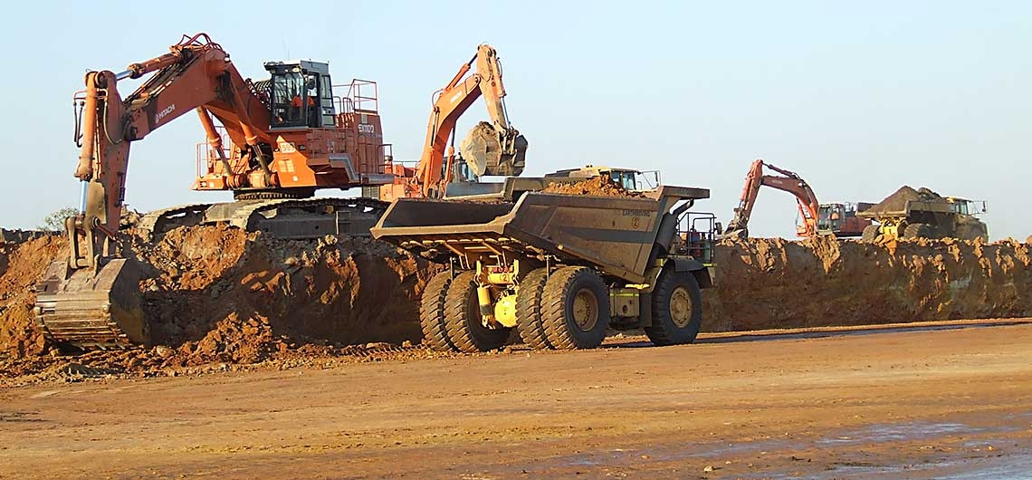 EARTH WORKS – Our machinery and personnel have the capability to address works of any size or complexity.